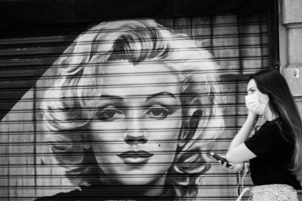 Marilyn graffiti